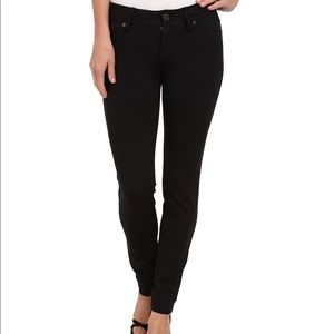 Lilly Pulitzer black Worth jeans